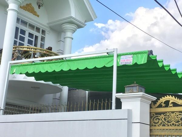 Mái che trước nhà bằng vải bạt - Hình ảnh 1